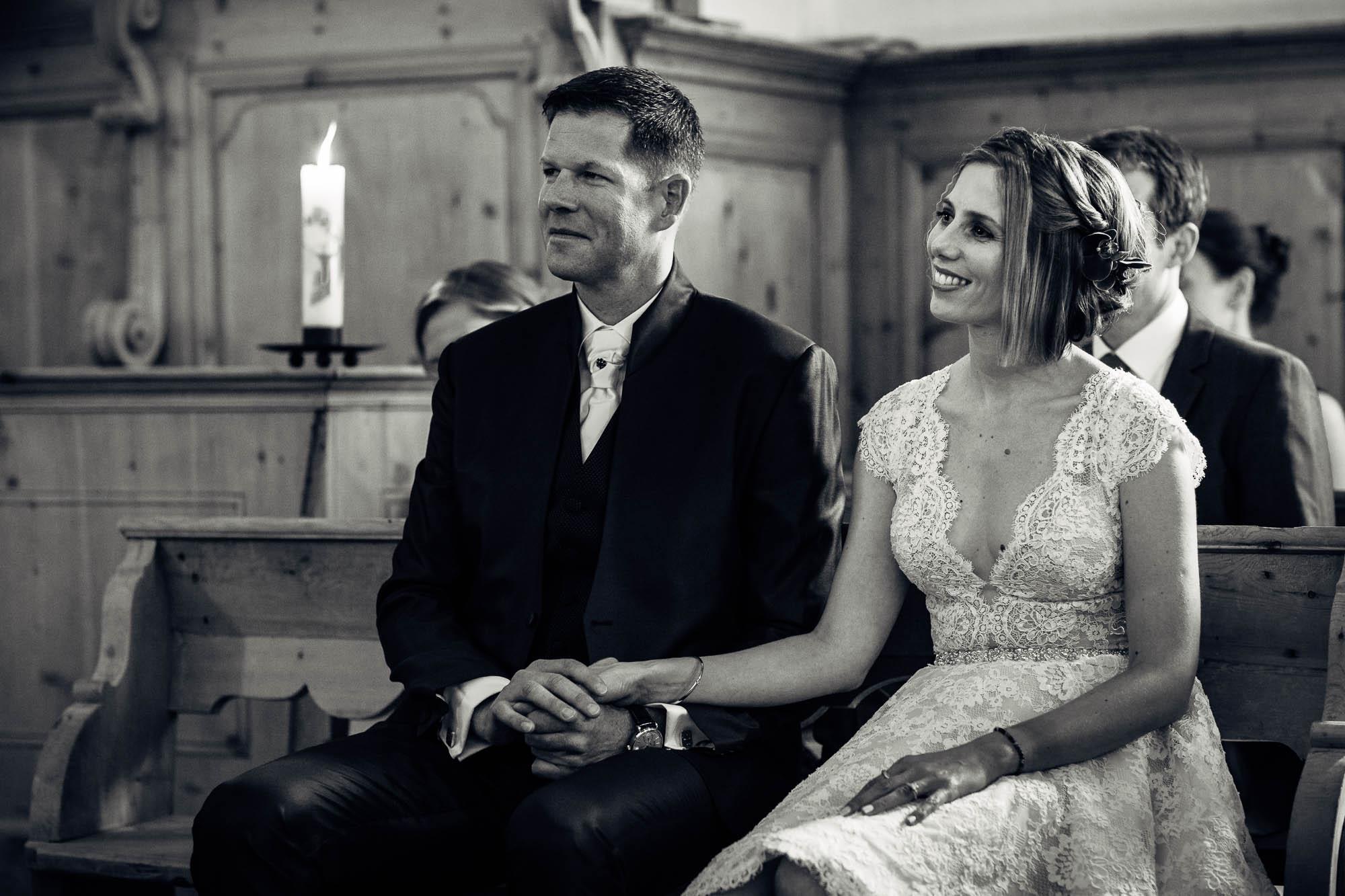 Portrait Brautpaar während Trauung