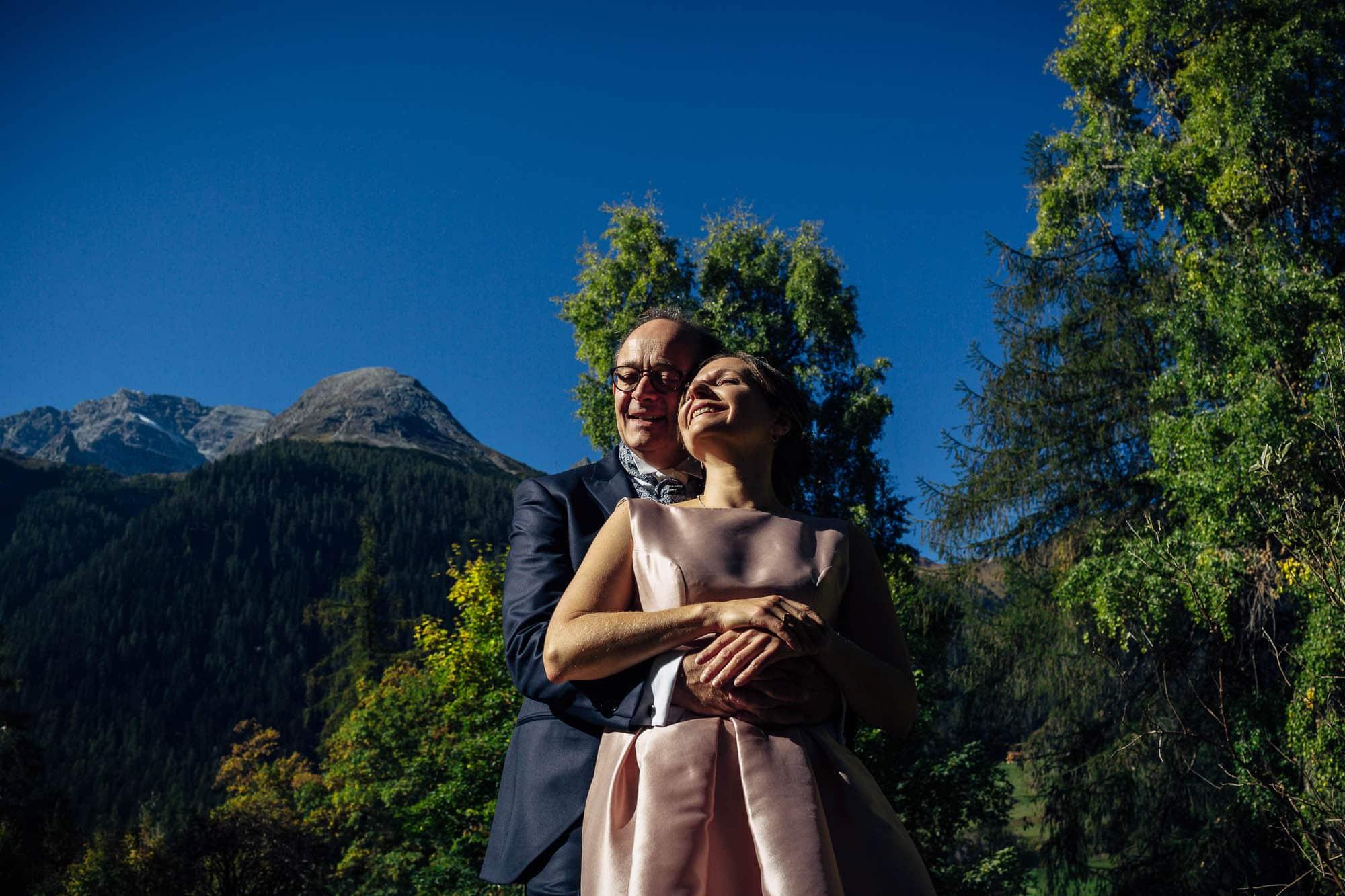 Hochzeitsfotos in Bergün beim Kurhaus