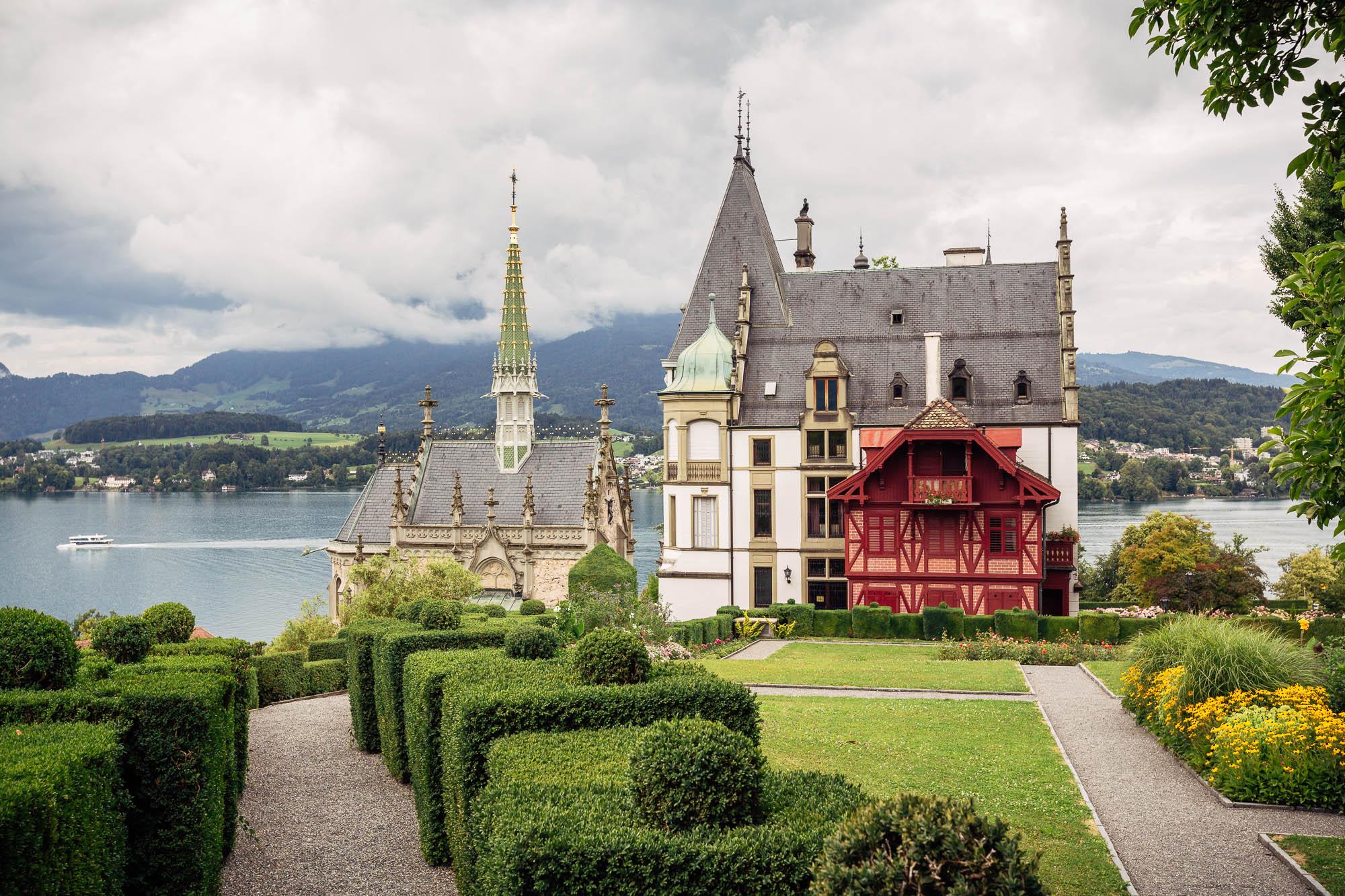 Übersicht Schloss Meggenhorn