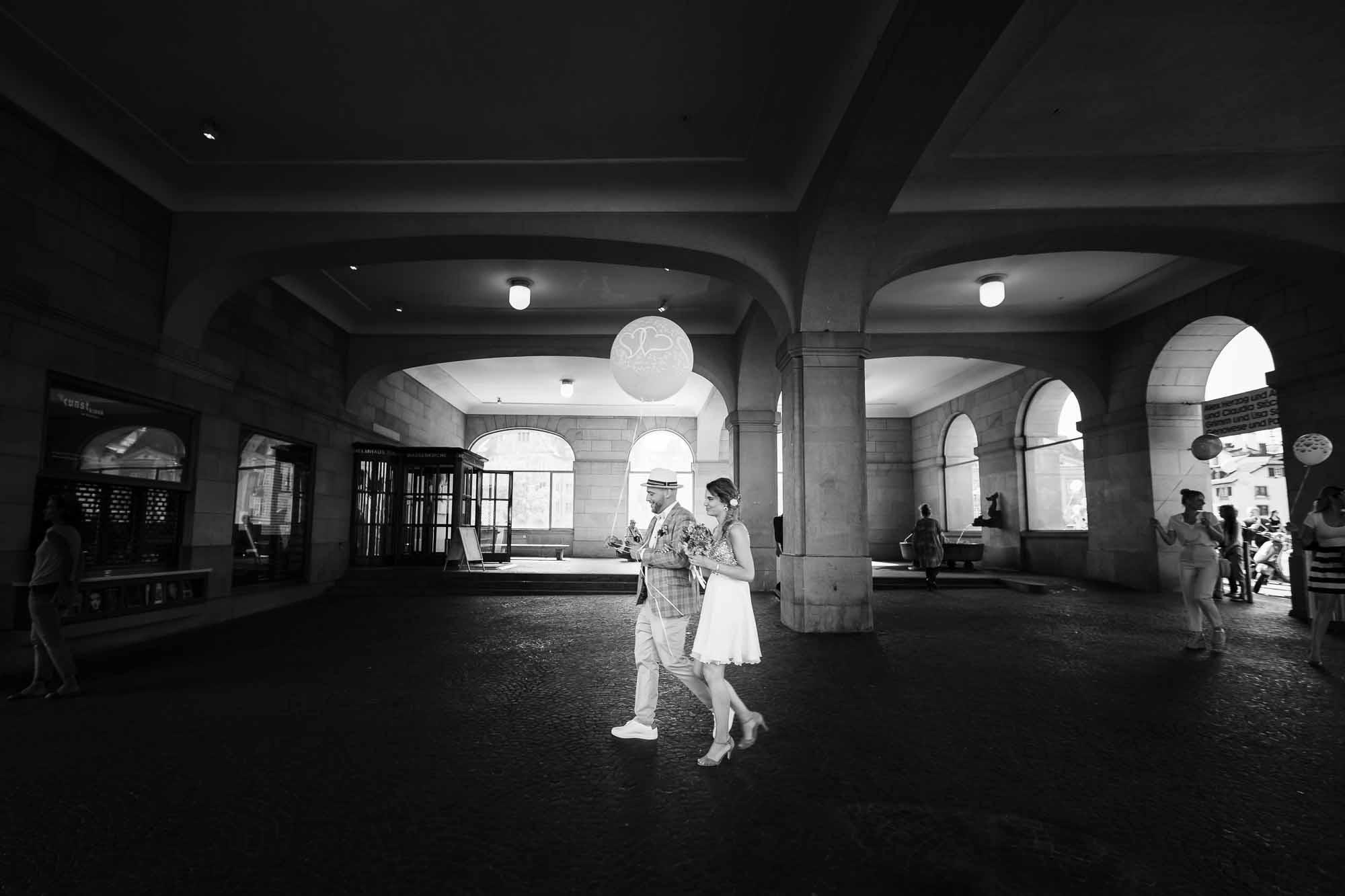 Brautpaar unterwegs