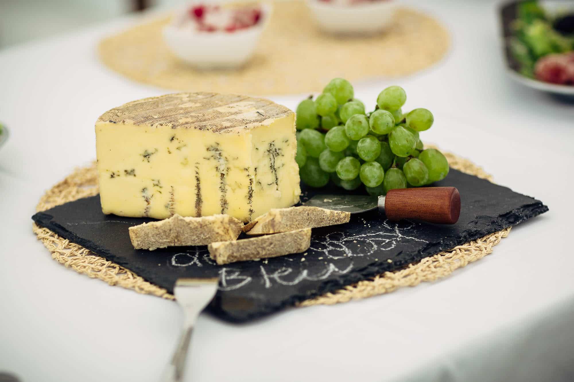 Als Apéro gibts es speziellen Käse
