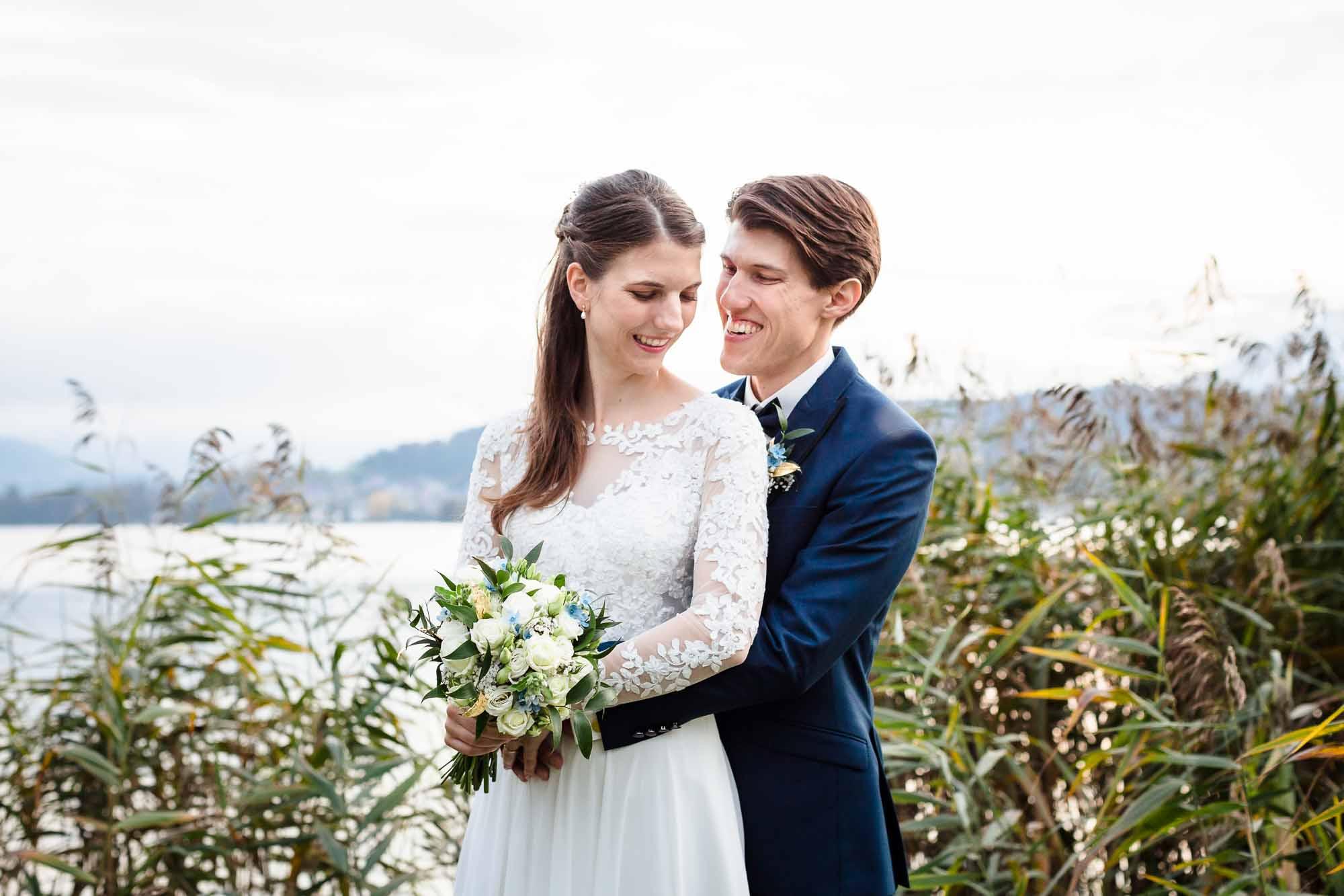 Hochzeitsfotograf Luzern Brautpaar Porttrait vor Schilf
