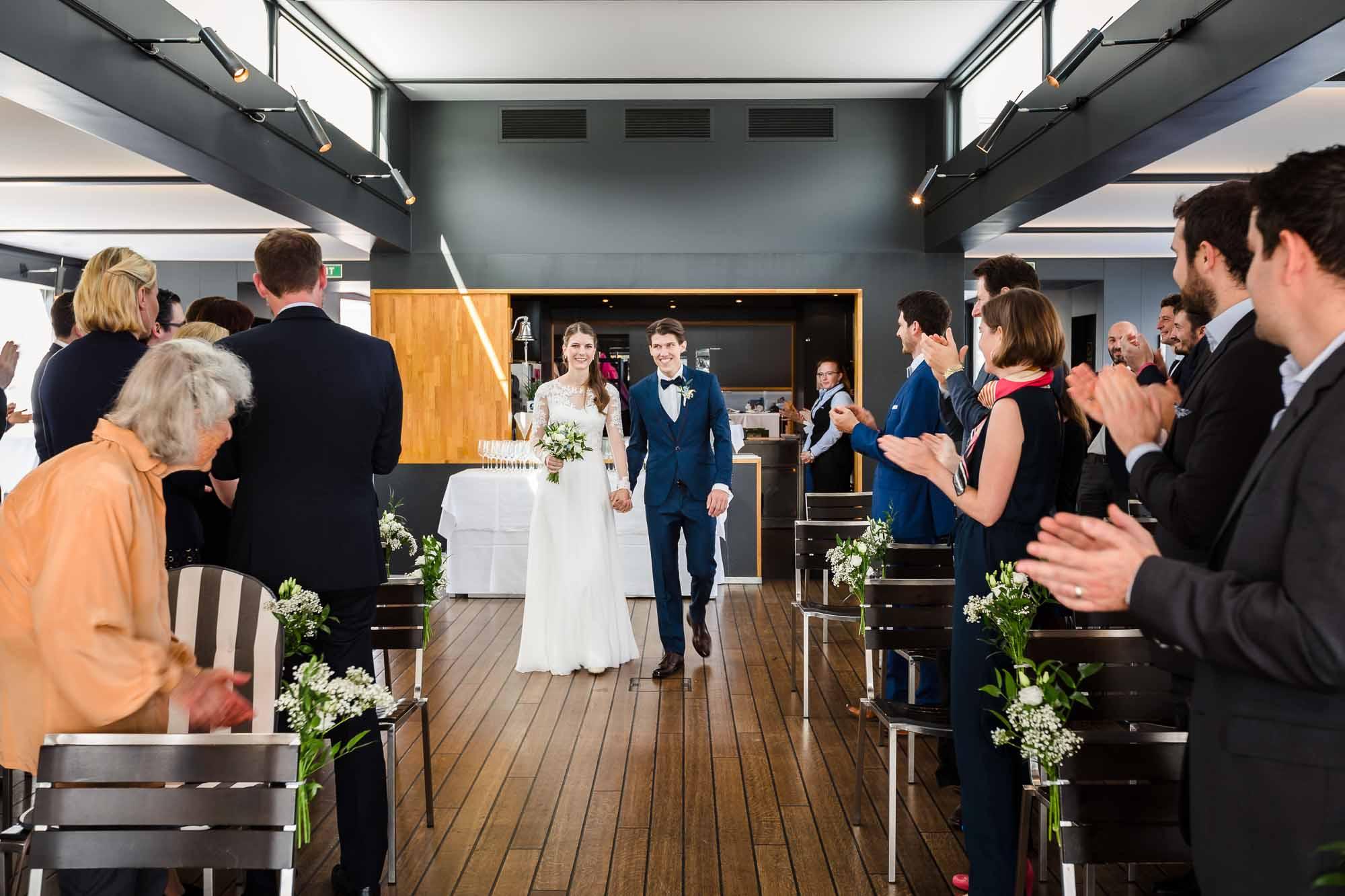 Brautpaar kommt an