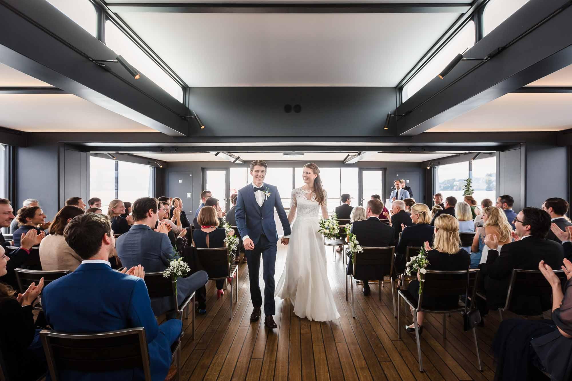 Hochzeitsfotograf Luzern mit Trauung auf Schiff