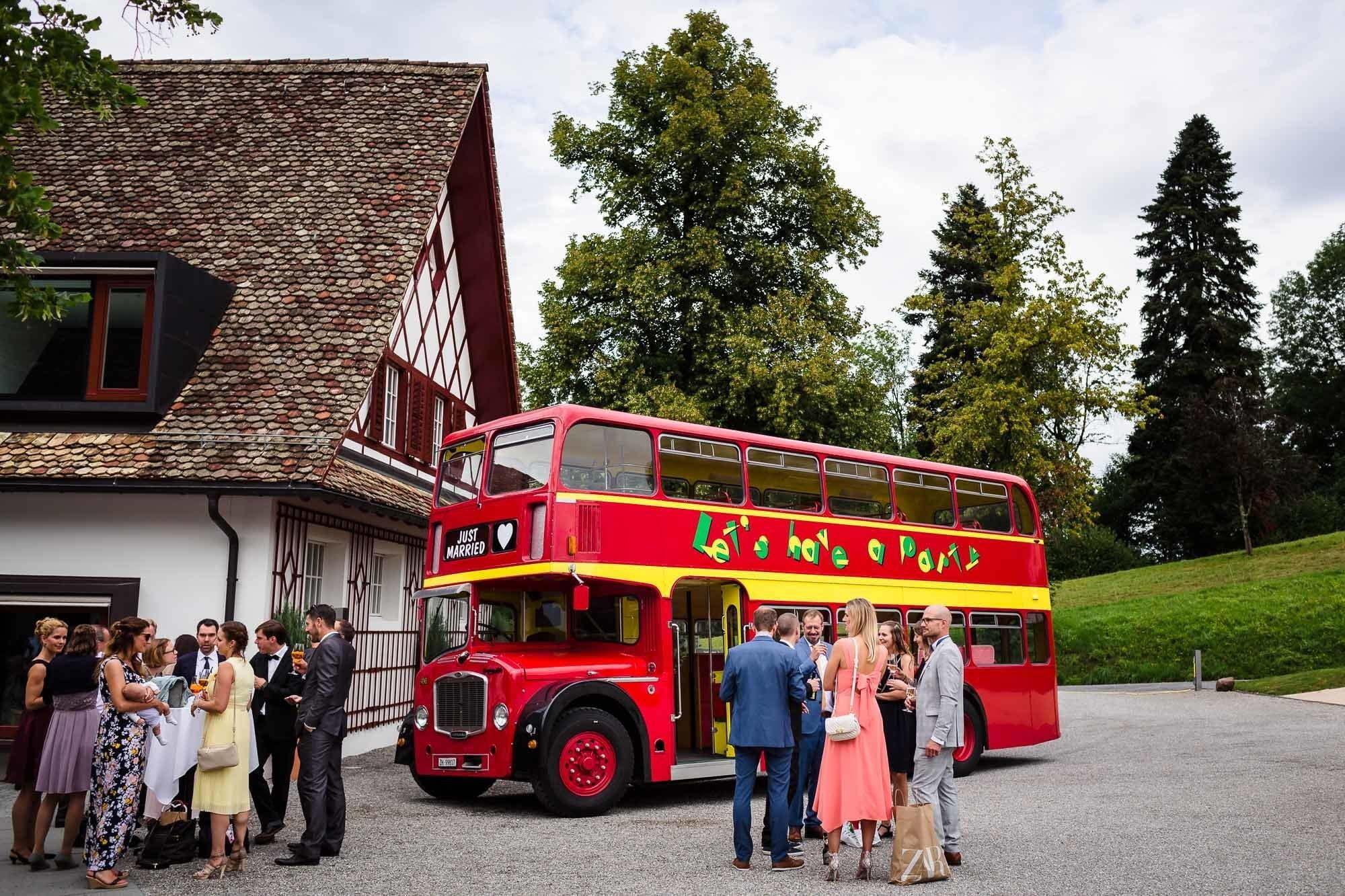 London Bus an Hochzeit auf dem Bocken Horgen